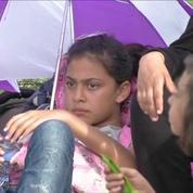 Des centaines de réfugiés bloqués à la frontière hongroise