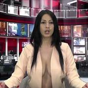 Le décolleté vertigineux d'une présentatrice télé crée le buzz en Albanie