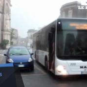 Il sirote un spritz en slip dans les rues de Sicile