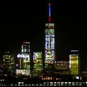 Le World Trade Center se pare aux couleurs de la France