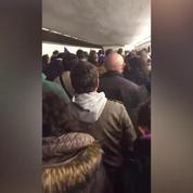Stade de France : la Marseillaise chantée pendant l'évacuation du stade