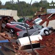 Mississippi : une dizaine de voitures englouties par l'effondrement d'un parking