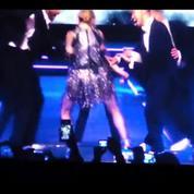 Madonna donne une fessée à Christine and The Queens sur scène