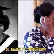 Michelle Obama rappe pour encourager les jeunes à aller à la fac