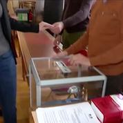 Régionales : la tête de liste frontiste en PACA, Marion Maréchal-Le Pen a voté à Carpentras