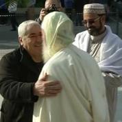 Provisoirement ouverte, la mosquée de Fréjus fait salle comble