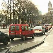 À Cologne, les vendeurs de bombes lacrymogènes en rupture de stock