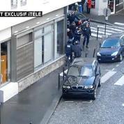 Les images de l'intervention des démineurs sur le corps de l'homme abattu par la police