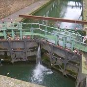 Paris : le canal Saint-Martin vidé pour nettoyage