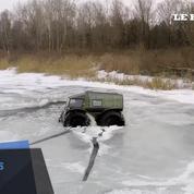 Un ingénieur russe invente un 4X4 qui peut rouler dans l'eau