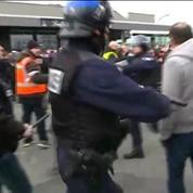 Rassemblement interdit à Calais: une vingtaine d'interpellations, dont un général