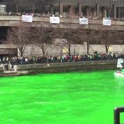 À Chicago, le fleuve se colore en vert fluo pour la St Patrick