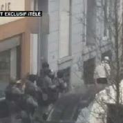 Exclusivité iTELE: les nouvelles images de l'intervention des forces spéciales à Molenbeek