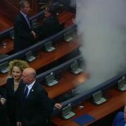 Kosovo : les gaz lacrymogènes envahissent de nouveau le parlement