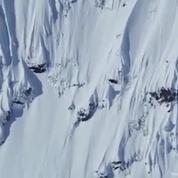 Les images à couper le souffle du skieur de l'extrême Candide Thovex