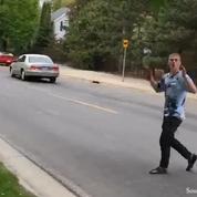 Ce skateur très chanceux a eu la peur de sa vie