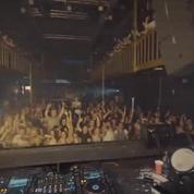 Un DJ piège son auditoire avec une musique...inattendue