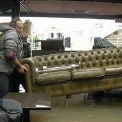 Inondations : M. Valls annonce un fonds d'extrême urgence alloué aux victimes