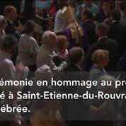 François Hollande et Monseigneur Vingt-Trois applaudis à Notre-Dame