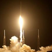 La fusée de SpaceX réussit son atterrissage