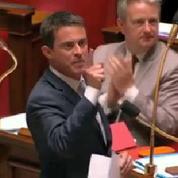 État d'urgence: vive passe d'armes entre Wauquiez et Valls à l'Assemblée