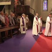 Saint-Etienne-du-Rouvray : les fidèles se recueillent partout en France