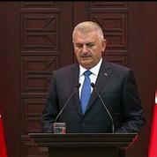 Les chars turcs entrent en Syrie, à l'assaut de l'État islamique