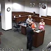 Une juge autorise un détenu à voir son enfant pour la première fois