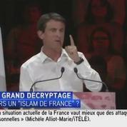 Pour Valls, «Marianne a le sein nu et n'est pas voilée parce qu'elle est libre»