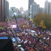 Corée du Sud : vague de manifestation pour demander le départ de la présidente