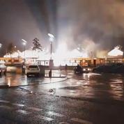 Des explosions d'origine électriques illuminent tout un quartier