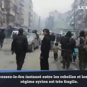 Les habitants d'Alep de nouveau coincés après la suspension des évacuations