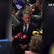 «Arrêtez de jouer comme des gamins» : une militante chahute Manuel Valls