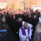 Des centaines de personnes réunies pour les funérailles du camionneur polonais tué à Berlin