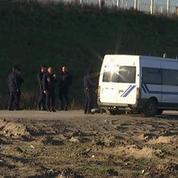 Calais : les interpellations de migrants continuent