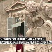 Le pape François accusé d'avoir décapité l'Ordre de Malte
