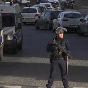 Périmètre de sécurité renforcé autour du Louvre