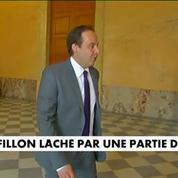 François Fillon lâché par une partie des siens
