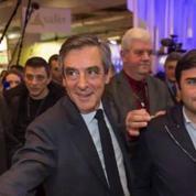 Présidentielle: un nouveau sondage donne Le Pen et Macron à égalité et Mélenchon juste derrière