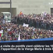 Une foule immense accueille le pape à Fatima