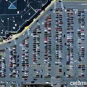 Avez-vous déjà vu un parking depuis le ciel en time-lapse ?