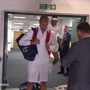 Wimbledon : Rafael Nadal se cogne la tête avant un match