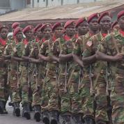 Célébrations militaires au Libéria pour les 170 ans de l'indépendance
