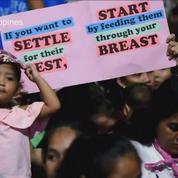 Philippines : 2000 mères allaitent ensemble pour battre un record