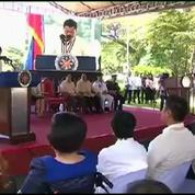 Le président philippin annonce à la police qu'elle peut tuer