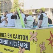 Des piscines en carton pour sensibiliser au danger nucléaire