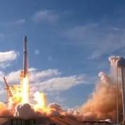 SpaceX : revivez le lancement du Falcon Heavy et le double atterrissage de ses deux boosters