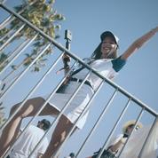 Vivez les coulisses d'une spéctaculaire course d'avions de voltige à Cannes