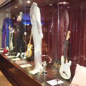 Vous avez 60.000 dollars à dépenser ? Offrez-vous la guitare de Prince aux enchères !