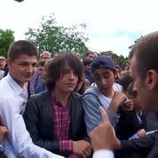 «Tu m'appelles Monsieur le Président»: quand Macron recadre un jeune